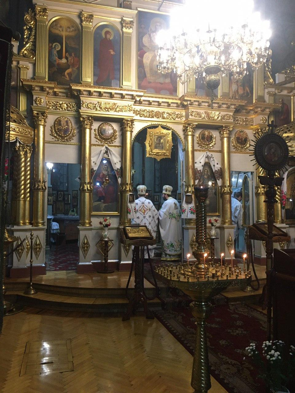 На краю ночи. Как Киев праздновал Пасху: репортаж