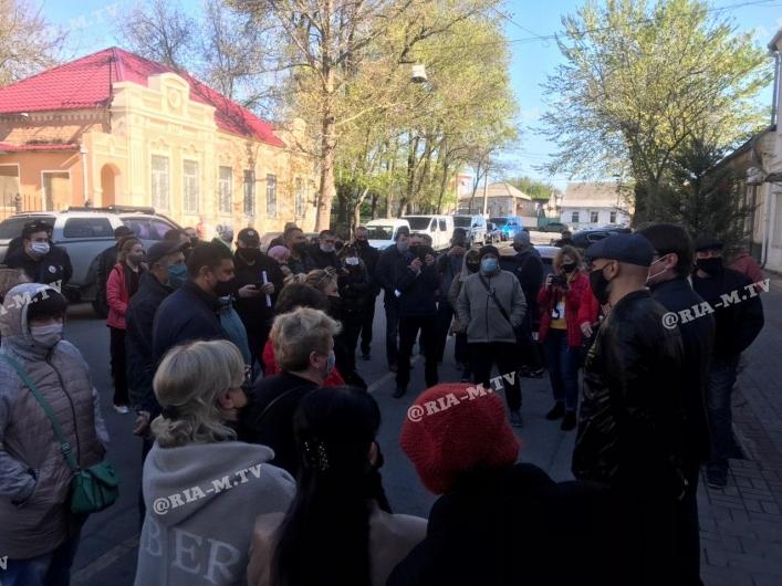 Протесты в Мелитополе из-за закрытых рынков