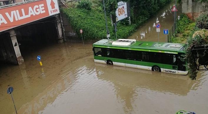 наводнение Милан (twitter.com_FBiasin)