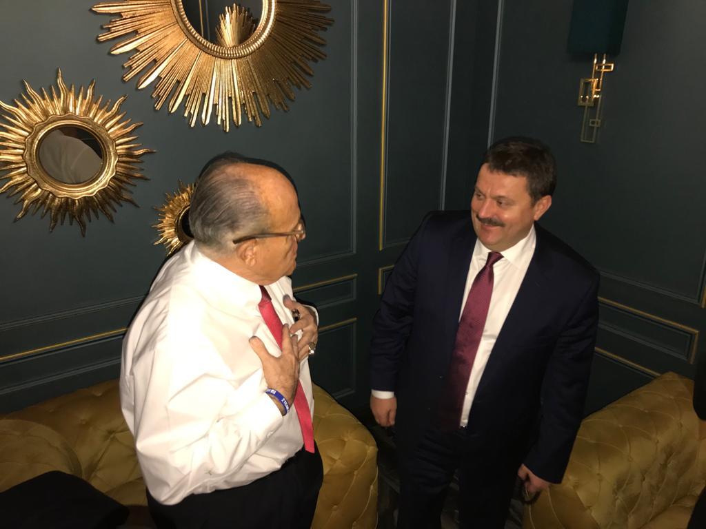 Рудольф Джулиани и Андрей Деркач во время встречи в Киеве в декабре 2019 года (фото - Facebook Деркача)