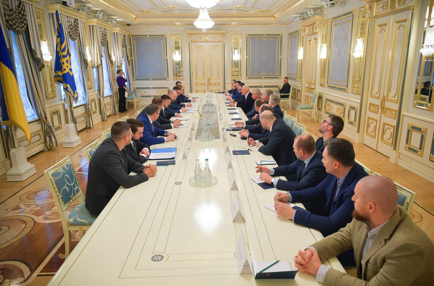 Владимир Зеленский на встрече с представителями большого бизнеса (фото - Офис президента)