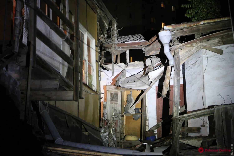 Обрушение дома в Одессе (фото - odessa.online)
