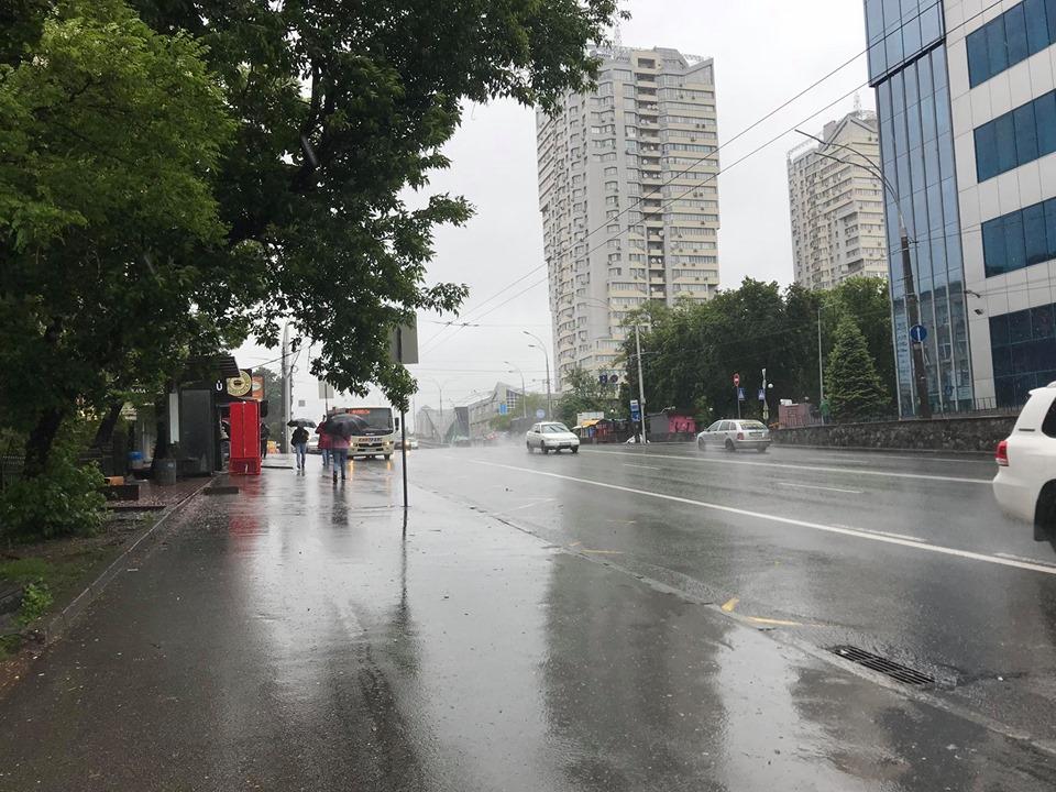 Ливень в Киеве 30 мая