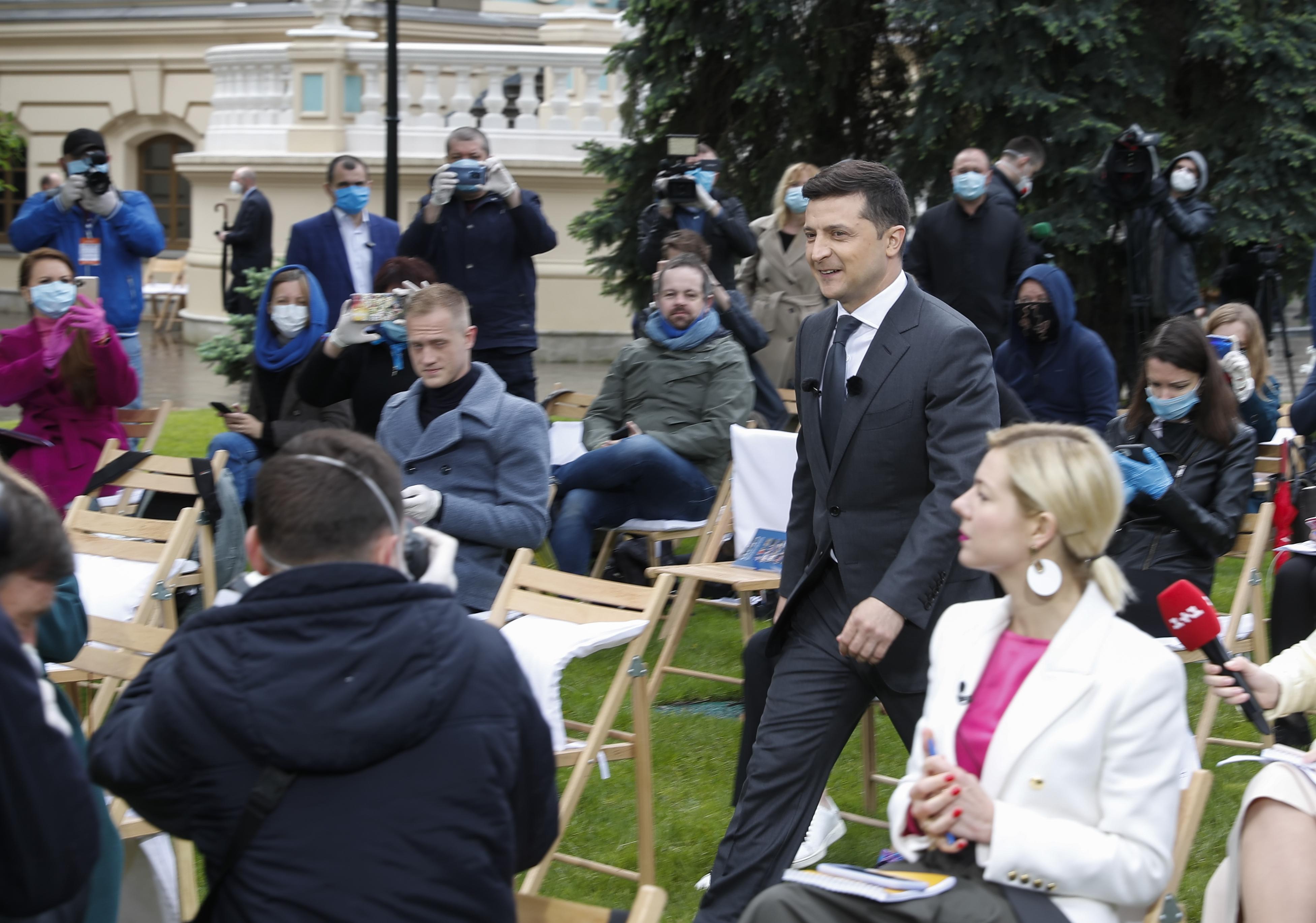 Владимир Зеленский на пресс-конференции 20 мая (фото - Сергей Долженко:EPA)