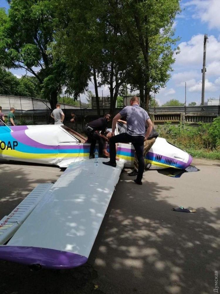 В Одессе упал легкомоторный самолет