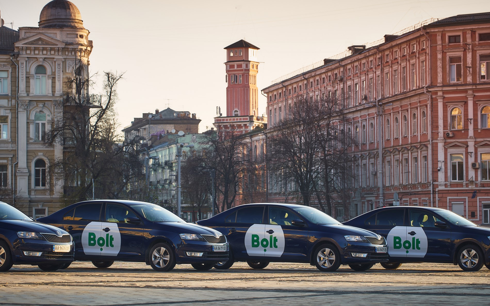Автомобили Bolt в Киеве (фото предоставлено пресс-службой компании)