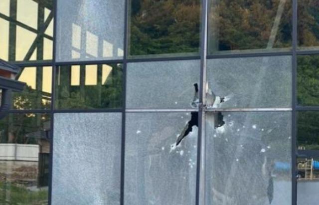 В Мукачево обстреляли из гранатомета курортный комплекс – фото, видео