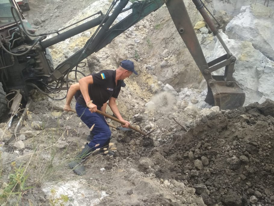 Несчастный случай в песчаном карьере (Фото: пресс-служба МВД)