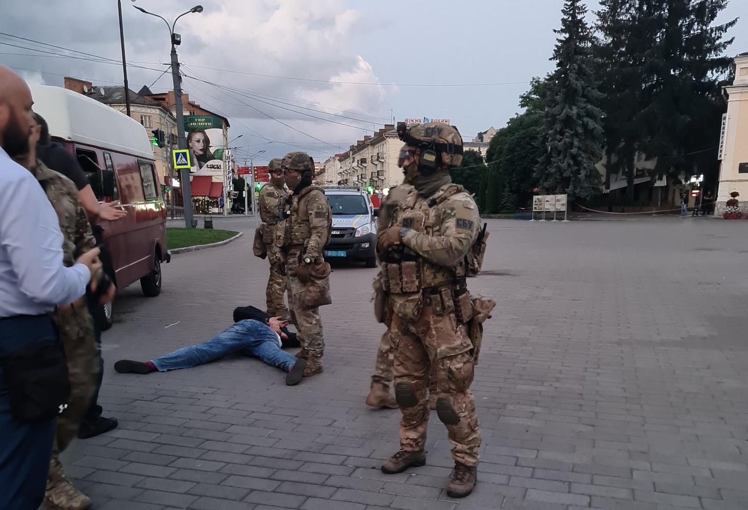 Задержание Кривоша (фото - Twitter Арсена Авакова)
