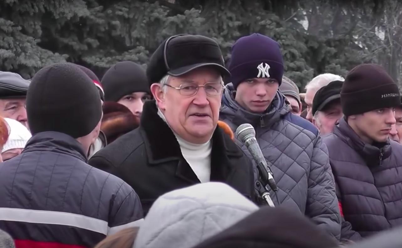 Виктор Панков выступает на пророссийском митинге в марте 2014 года (фото - скриншот видео)