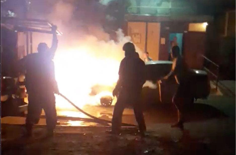 Неизвестные ночью сожгли авто Схем