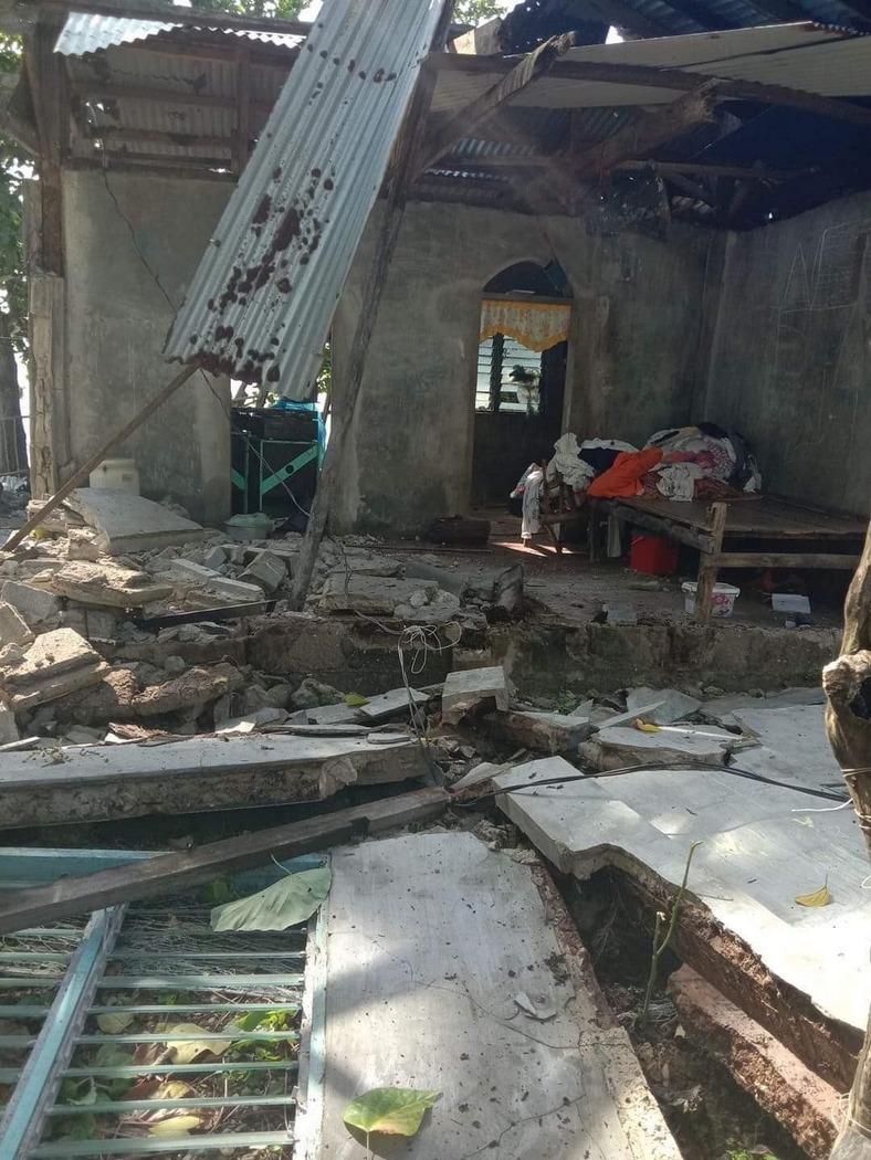 Последствия землетрясения Филиппины (фото - John Mark Lalaguna_EPA)
