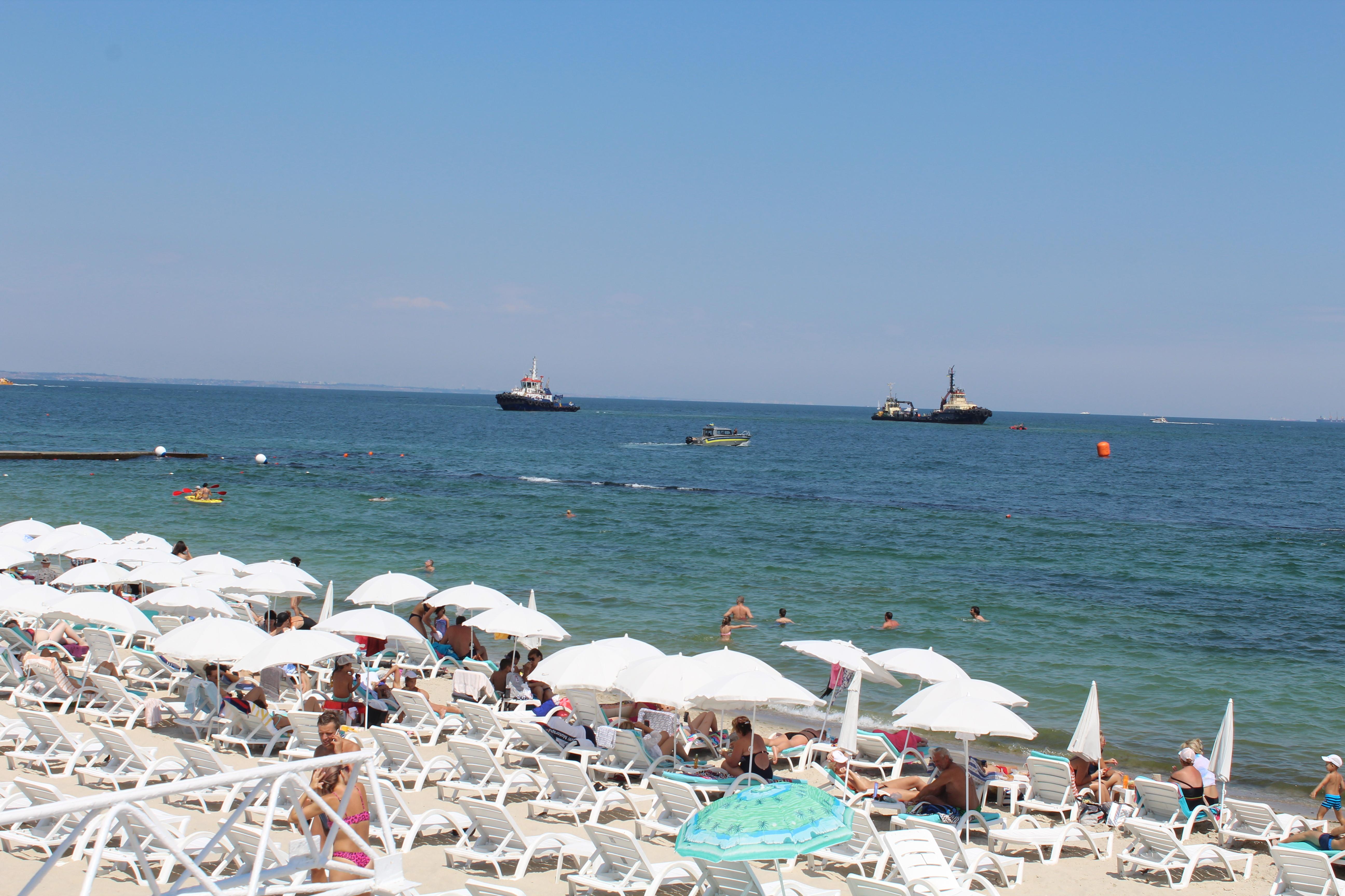 Одесский пляж, лето 2020-го, фото: LIGA.net / Манучарян Диана