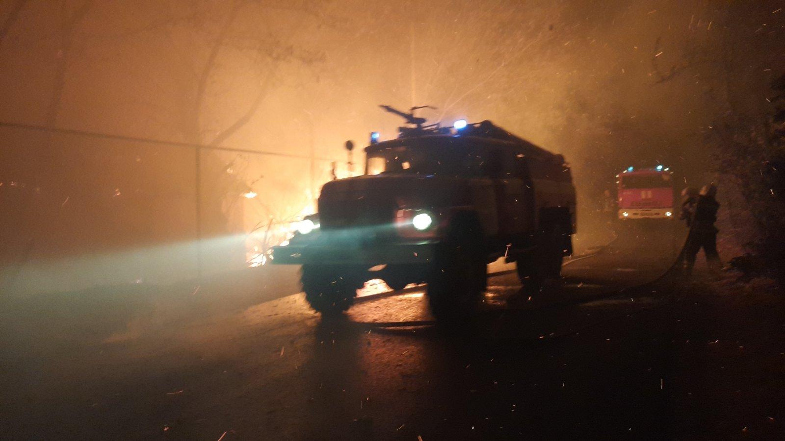 Ситуация сложная, есть погибшие. Что известно о пожарах в Луганской области на утро: видео - новости Украины, Происшествия - LIGA.net