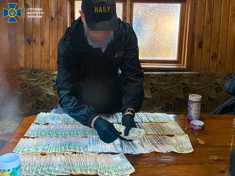 У Вінниці директор держпідприємства пропонував голові ОДА 4 млн грн хабаря – СБУ