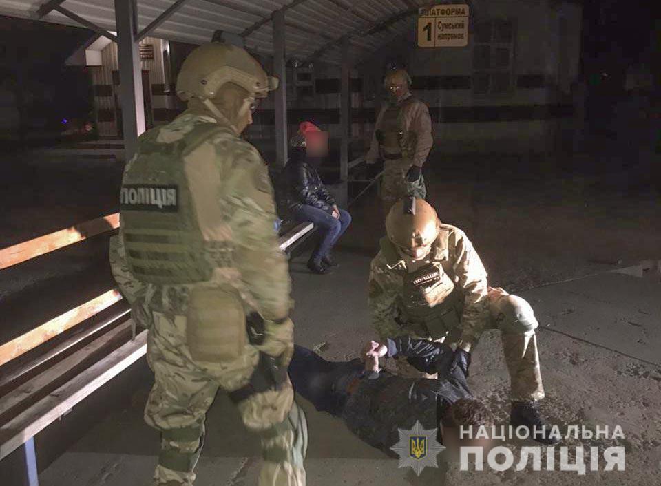 Задержание подозреваемых (Фото: пресс-служба МВД)