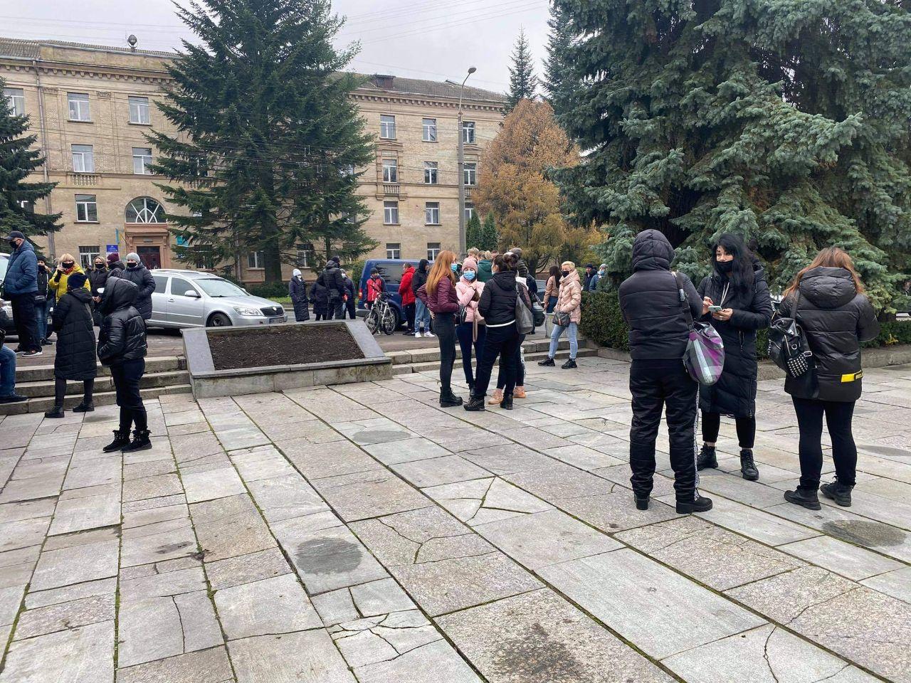 Предприниматели Ровно вышли на протест