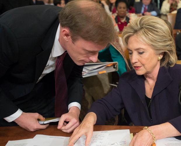 Салливан и Хиллари Клинтон (фото – ЕРА)