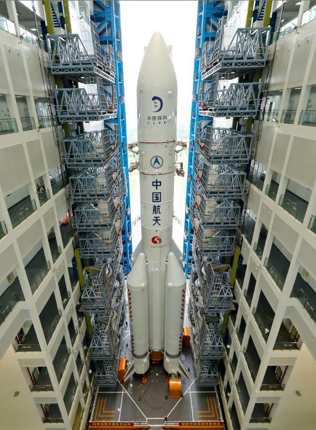 Ракета Long March 5 (фото – CNSA)