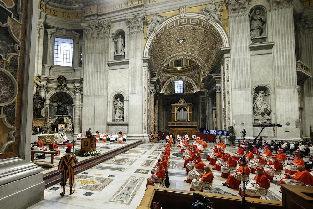 Папа Франциск назначил 13 новых кардиналов. Впервые им стал афроамериканец