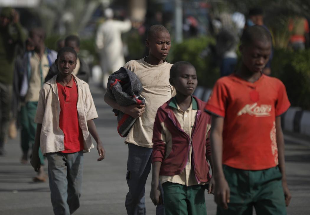 Возвращение нигерийских школьников (Фото: EPA-EFE/STRINGER)