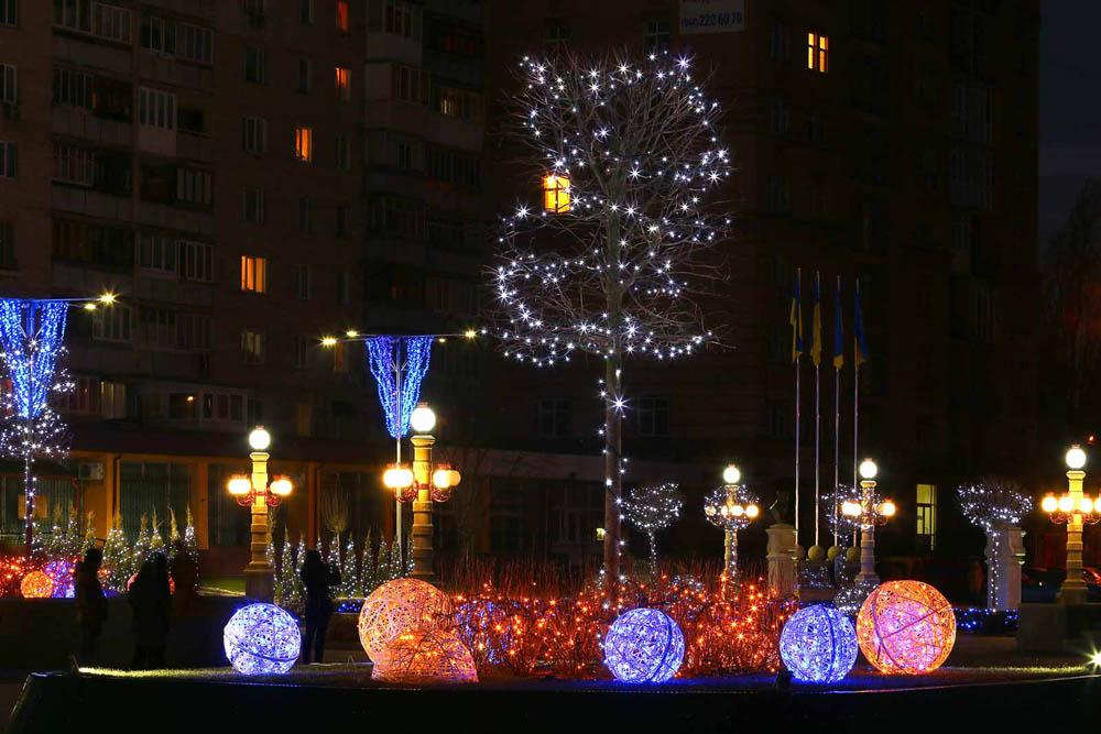 Центральная площадь в Ирпени, фото: Light Point