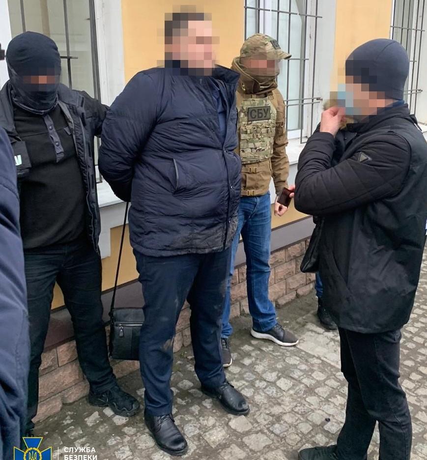 Задержание военного прокурора Запорожского гарнизона (Фото: пресс-служба СБУ)