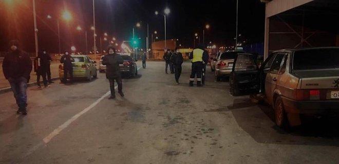 Оккупанты всю ночь держали 120 крымских татар на Керченском мосту. Полиция АРК начала дело