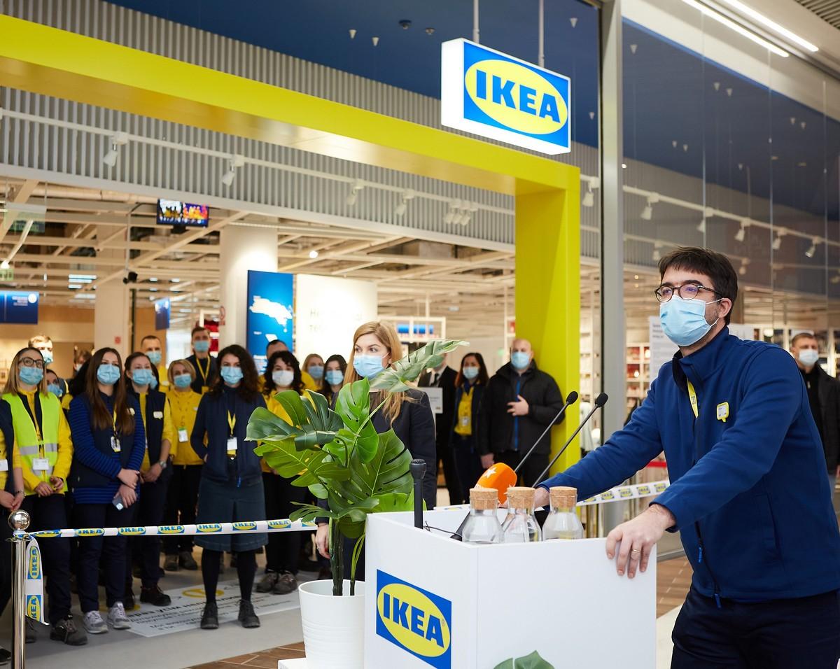"""""""Это было трехлетнее путешествие"""". IKEA открыла первый магазин в Украине: фото"""