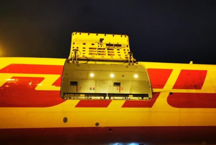 У Boeing 757 открылся люк на высоте 1600 метров. Багаж остался цел – фото