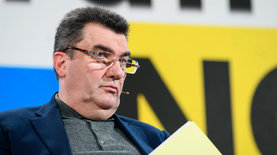 СНБО ввел санкции против 100 украинцев, попавших под санкции в СШ…