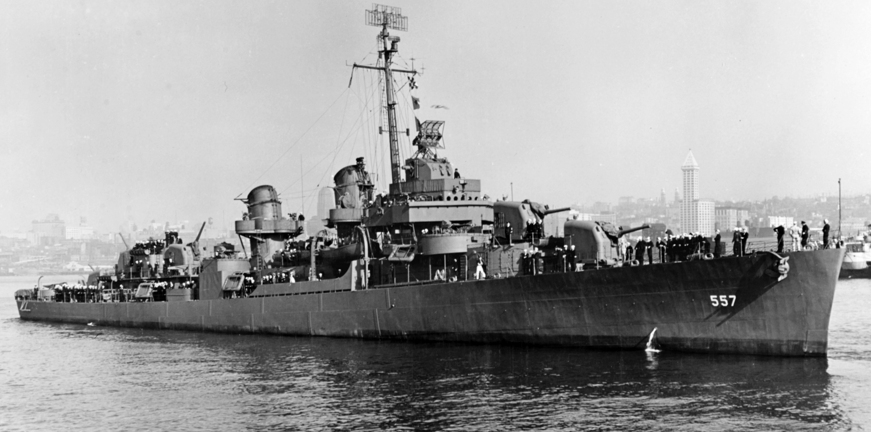 USS Johnston, 27.10.1943 (фото — US Navy)