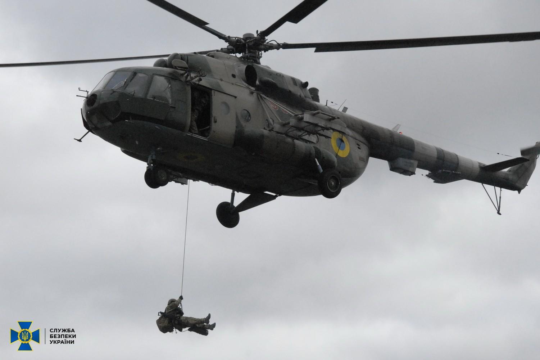 Україна взяла під посилену охорону стратегічні об'єкти в Херсонській області