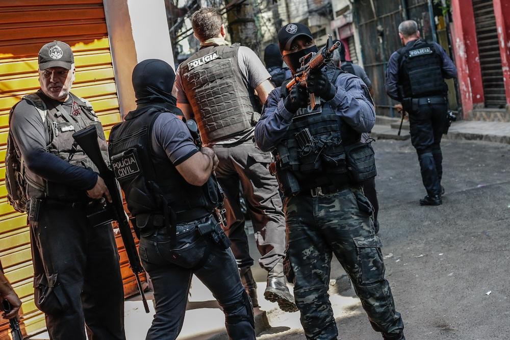 Бійня в Ріо-де-Жанейро. Поліцію звинувачують у позасудових стратах: фото, відео