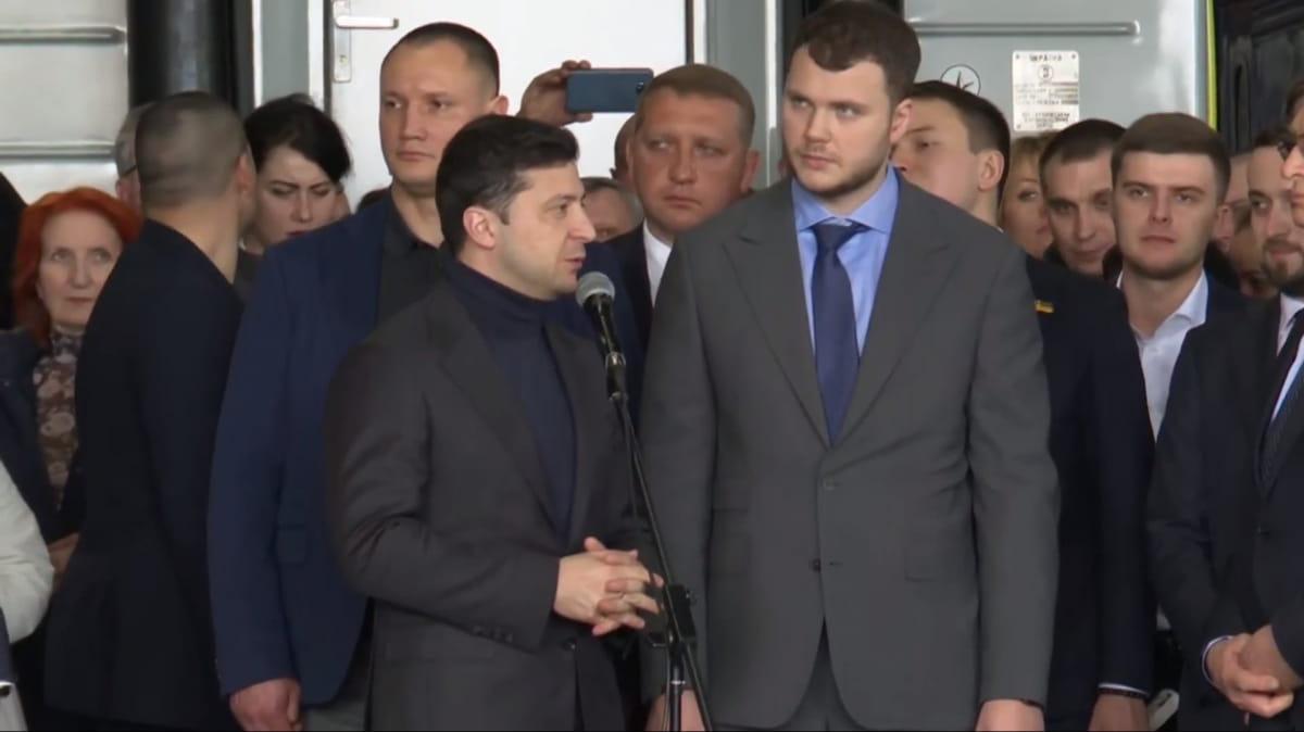 Владислав Криклий и Владимир Зеленский, фото: скриншот видео 5 канал
