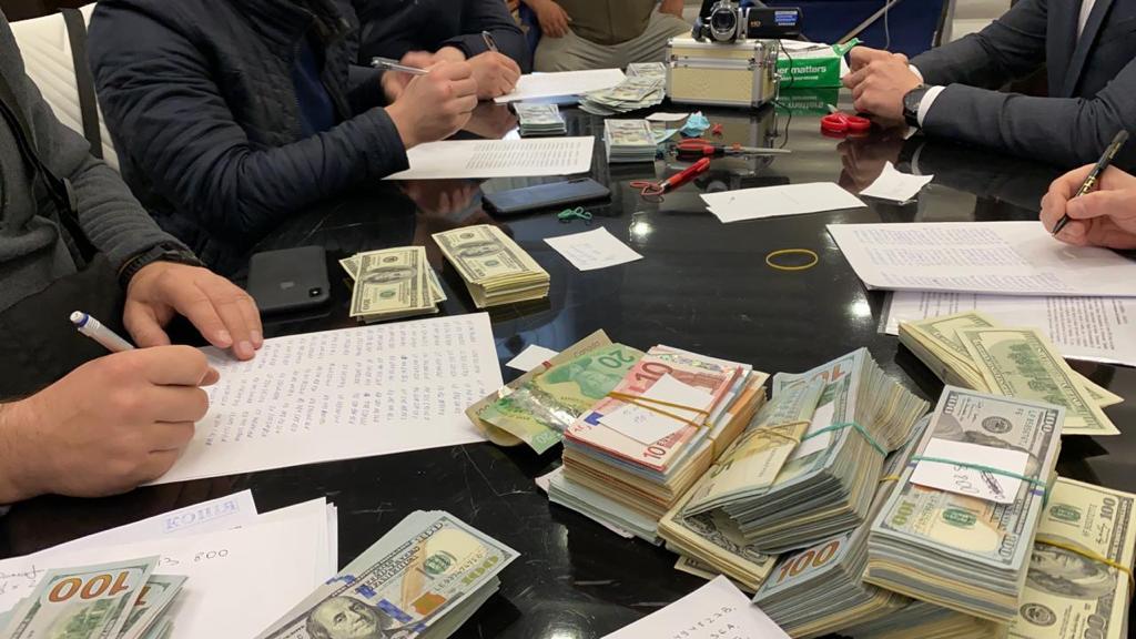 Обыски у Палатного (фото – LIGA.net)