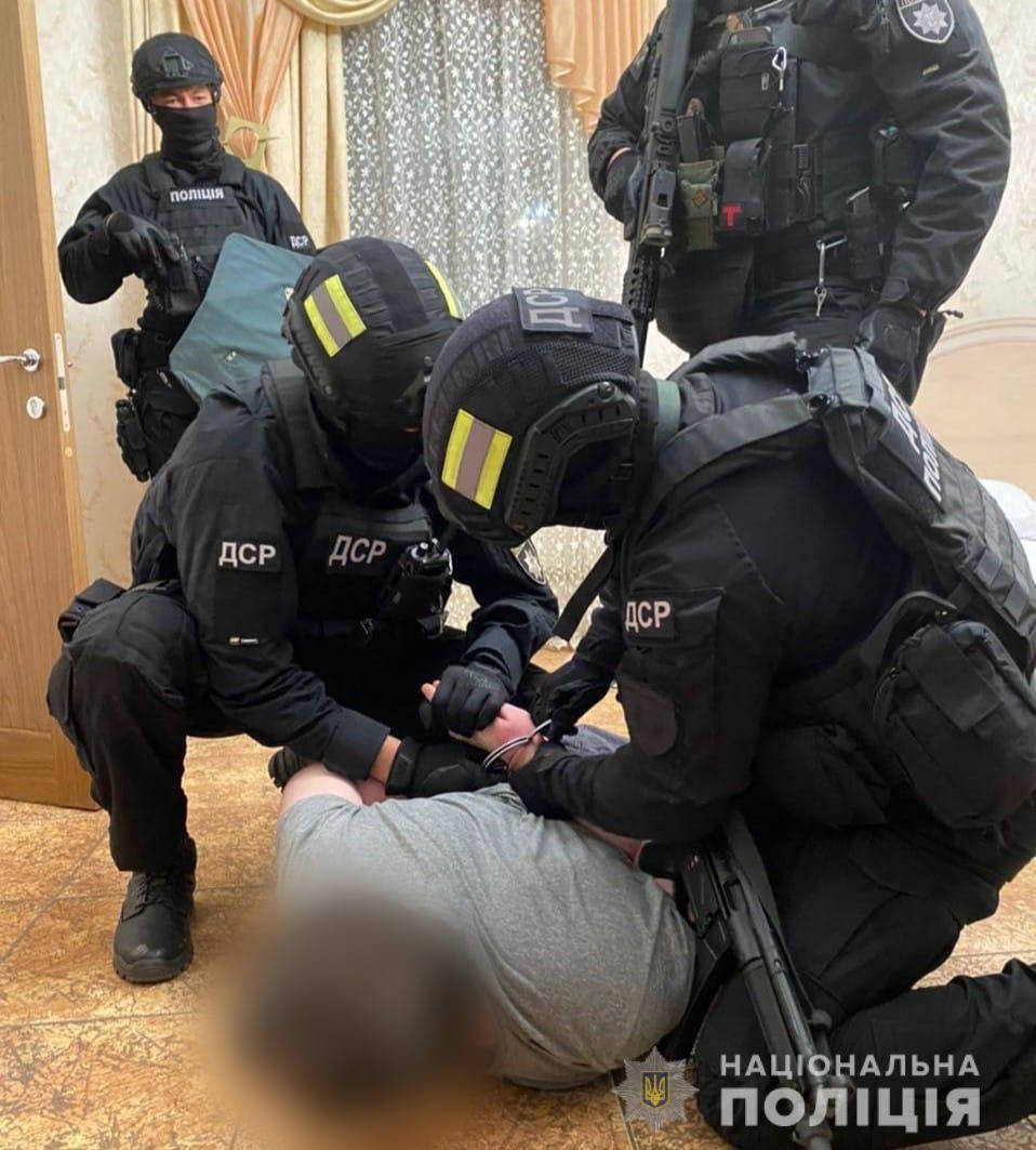 """Умка и Лаша Сван. Полиция задержала """"самых влиятельных воров в законе"""" в Украине"""