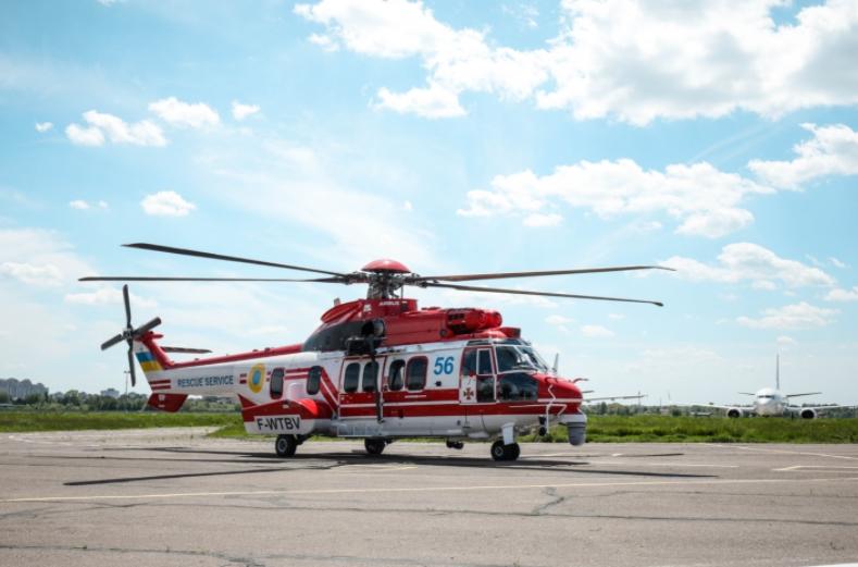 ГСЧС получила от Франции шестой спасательный вертолет Super Puma: фото, видео