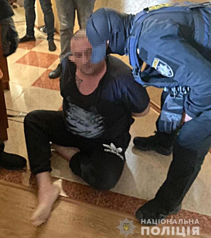 Полиция задержала трех криминальных авторитетов. Двое из них – в списке СНБО