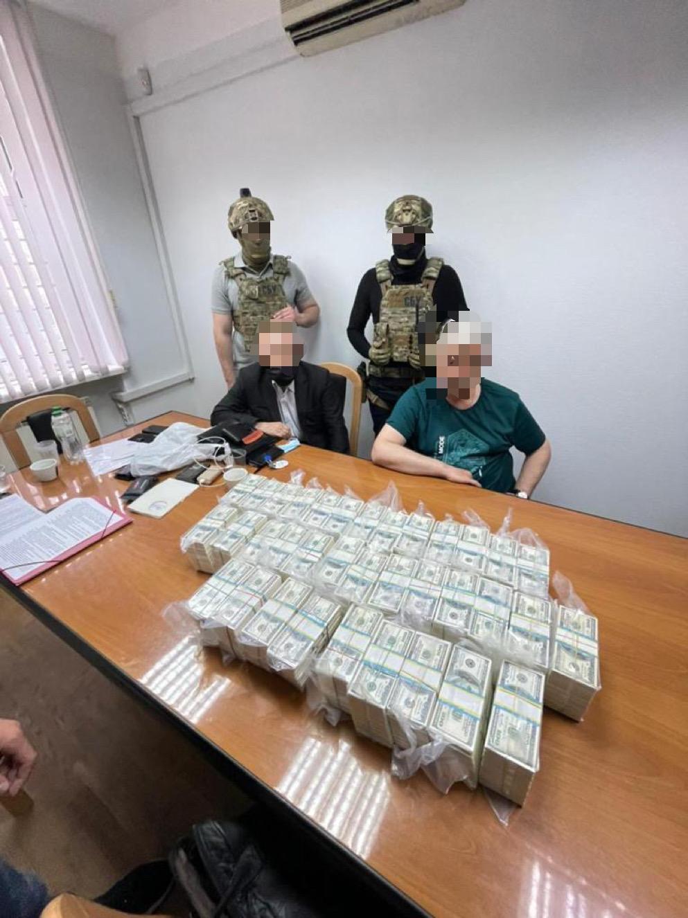 Двое дельцов предлагали должность главы Кировоградской ОГА за $3,5 млн — Офис генпрокурора