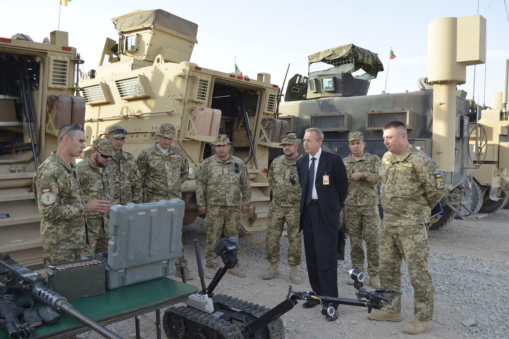 Через 14 років. Україна повністю вивела військовий контингент з Афганістану – фото