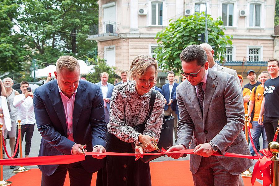 Крупнейший европейский интернет-магазин автозапчастей AUTODOC открыл офис в центре Одессы