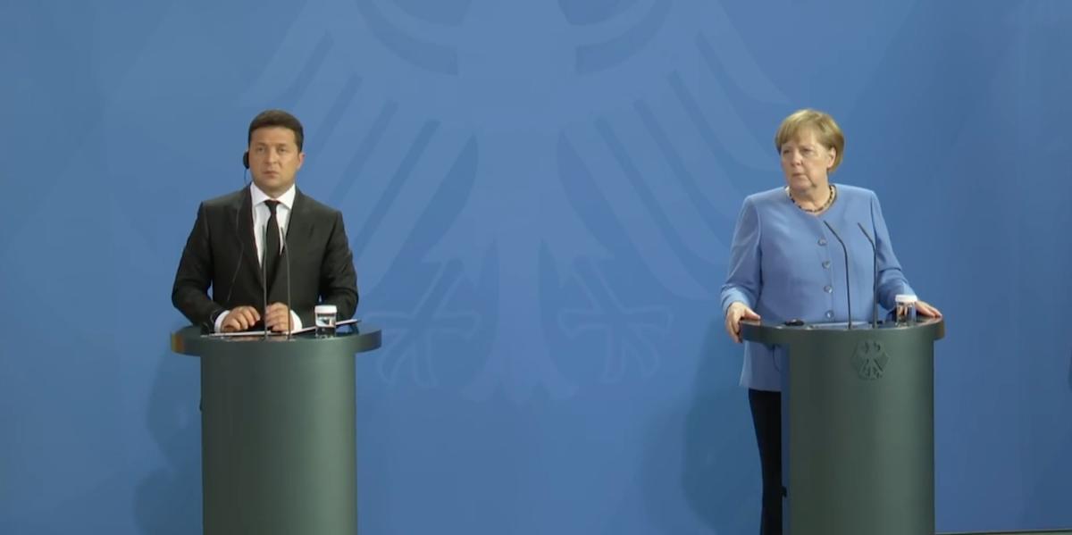 Последний раунд Меркель. Кто кого переиграет в большой игре за Донбасс