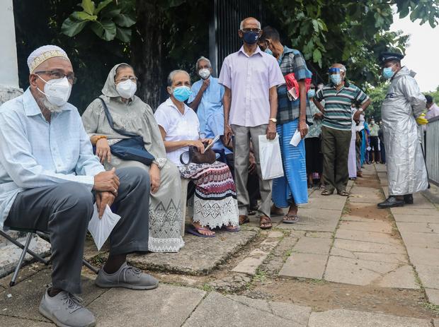 Очередь на вакцинацию в Индии (фото – ЕРА)
