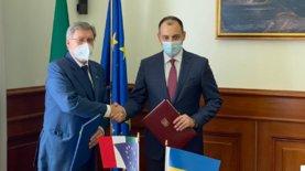 Украина и Италия подписали соглашение о взаимном признании водите…