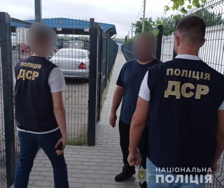 """Полиция вытурила в Молдову """"авторитета"""", который """"курировал"""" вымогательства на Николаевщине (ФОТО) 3"""