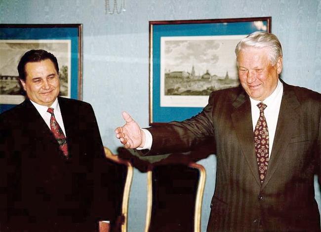 Отбивал Крым у ФСБ, предвидел войну. С Марчуком уходит целая эпоха: чем он запомнится
