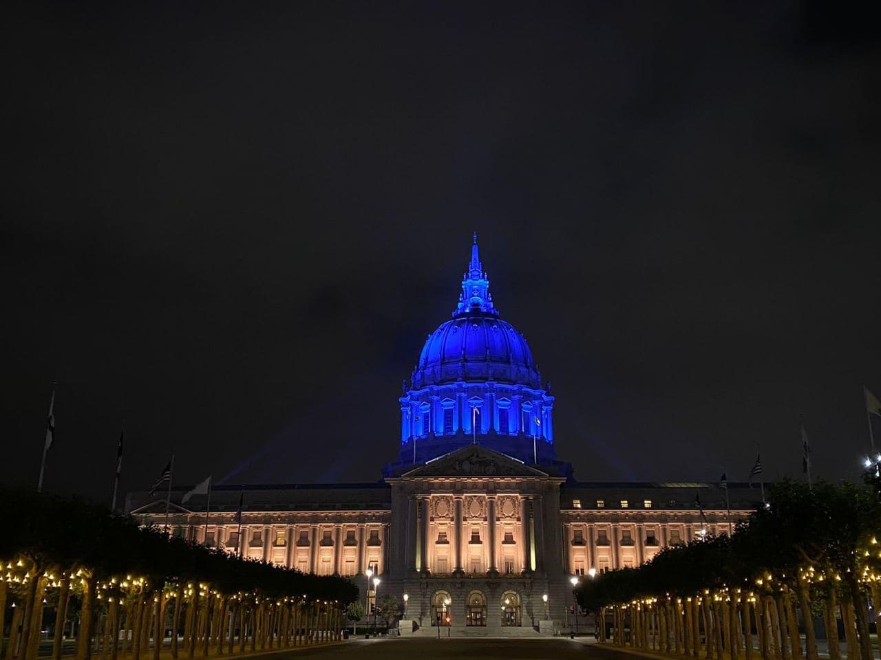 Зеленський прилетів до Каліфорнії: зустрінеться з СЕО Apple, виступить в Стенфорді – порядок денний