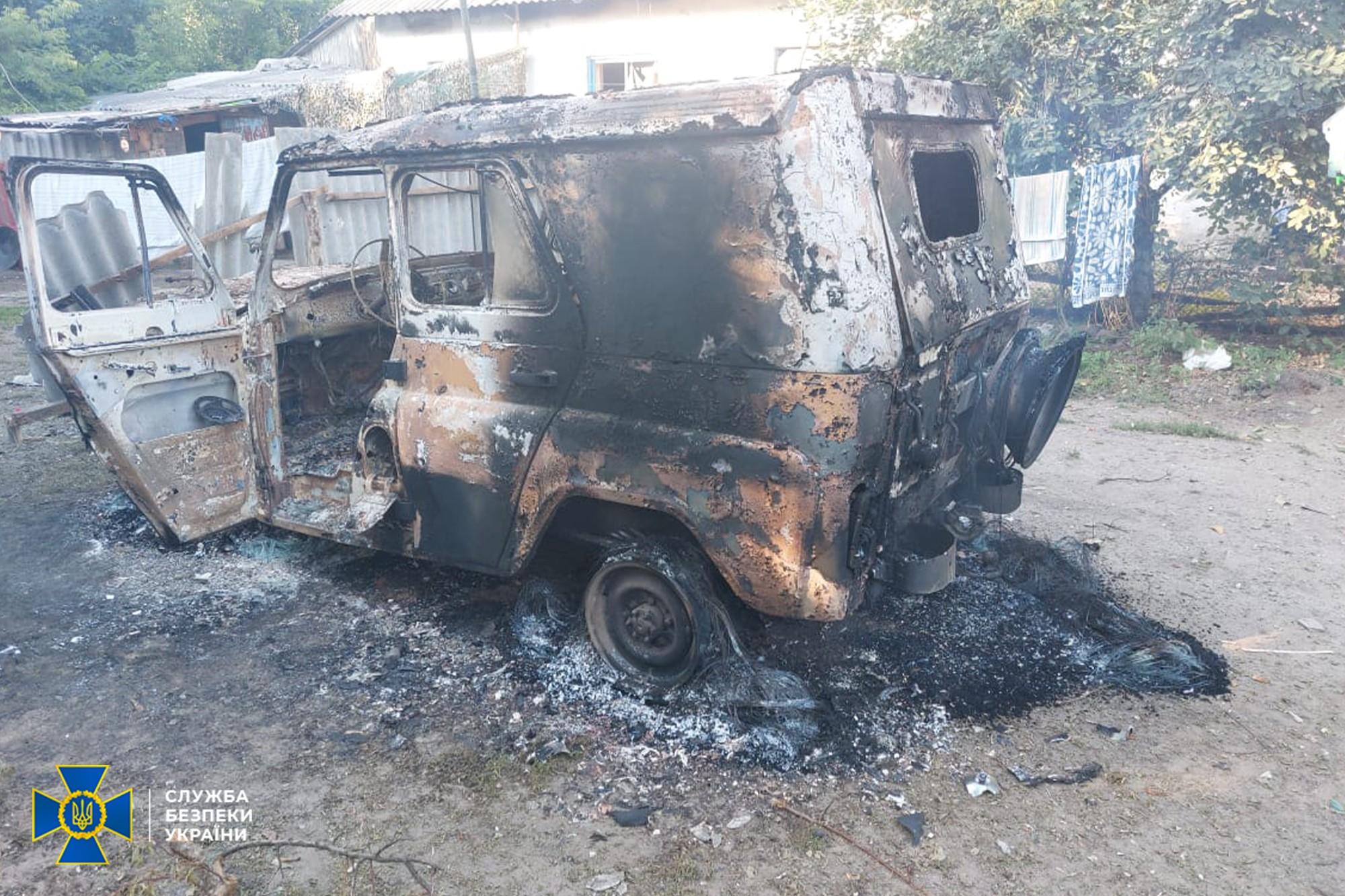 Следственную группу СБУ в Трехизбенке обстреляли из минометов боевики: фото