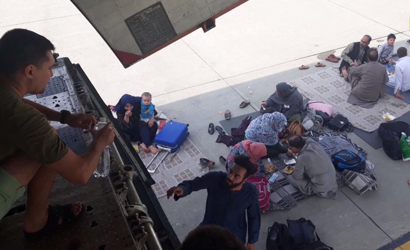 """""""Узнали, что такое посадка по-афгански"""" – украинские пилоты об эвакуации людей из Кабула"""